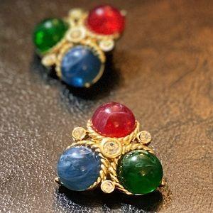 Vintage Trifari Moghul Clip On Earrings